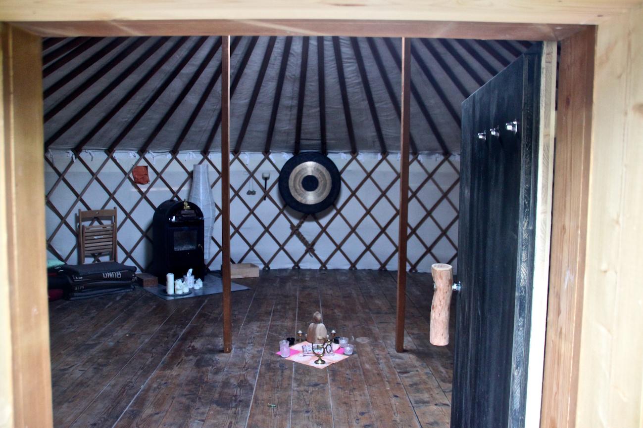sich selbst lieben lernen vortr ge und aufstellungsdemos konrad pinegger. Black Bedroom Furniture Sets. Home Design Ideas